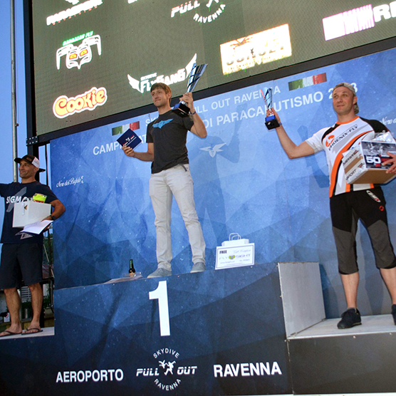 Squirrel Pilots Win in Italy