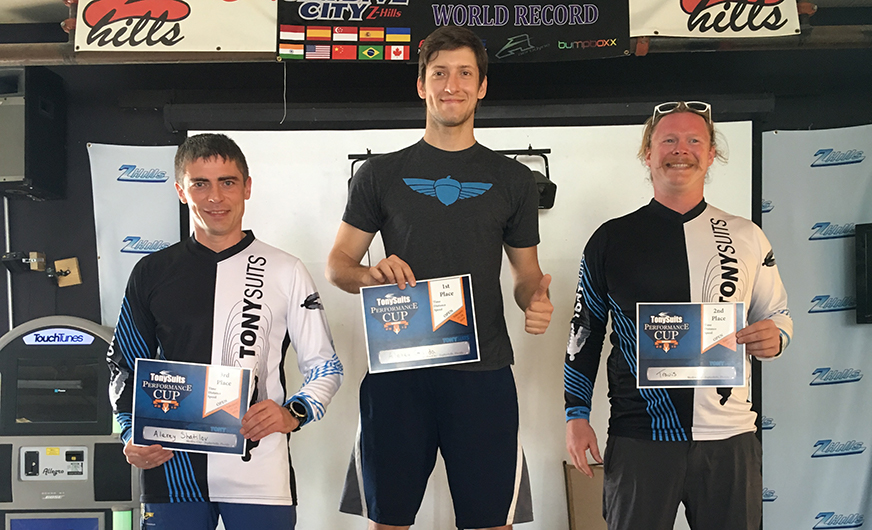 Squirrel News - Alexey and Yury Win TonySuits Performance Cup