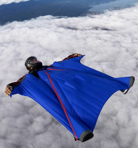 Intermediate wingsuit for skydiving and BASE jumping: ATC 2