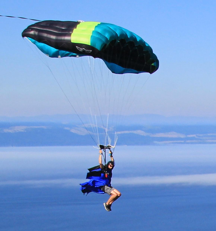 Wingsuit skydiving parachute: Epicene Pro | Squirrel